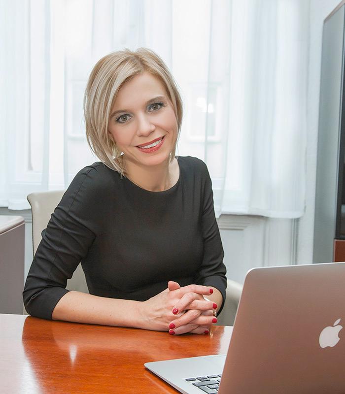 Dr. Gyura Barbara ügyvéd