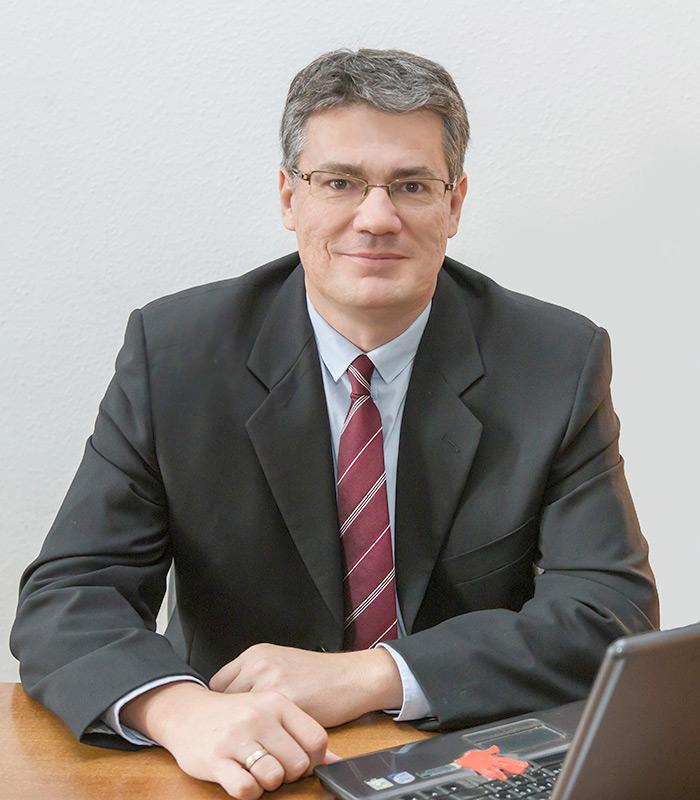 Dr. Mészáros Gábor ügyvéd