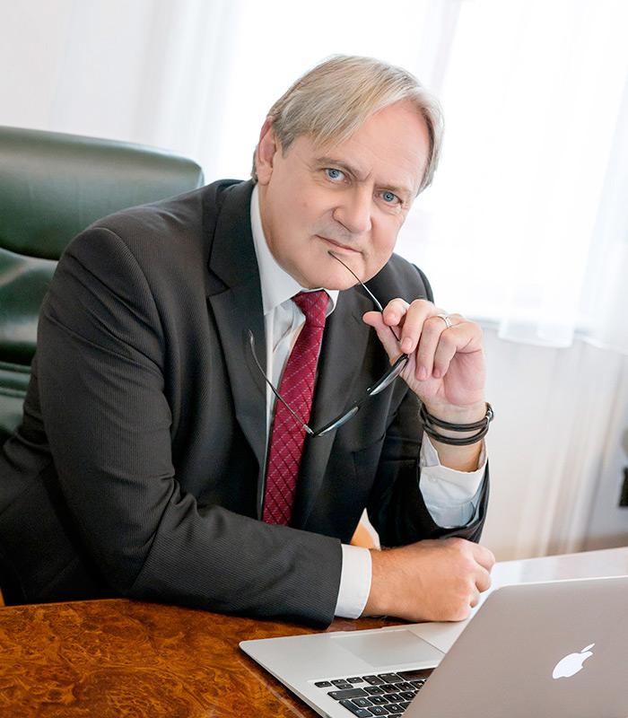 Dr. Molnár Zoltán ügyvéd